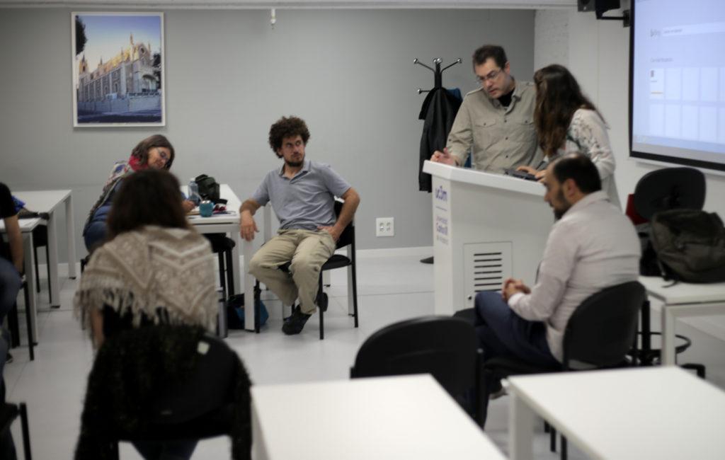 Encuentro con académicos y comunicadores argentinos: Patricia Fasano, Víctor Notarfrancesco y Santiago Álvarez.